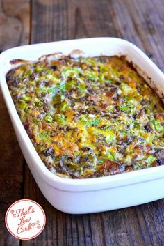 Casseroles are a great way to cut back on carbs. It's easy to proportion the leftovers for future keto-friendly meals. Here are some of the best ever keto casserole recipes for low-carb, protein-rich meals. Breakfast And Brunch, Low Carb Breakfast Casserole, Keto Breakfast Smoothie, Keto Casserole, Casserole Recipes, Breakfast Recipes, Healthy Recipes, Ketogenic Recipes, Low Carb Recipes