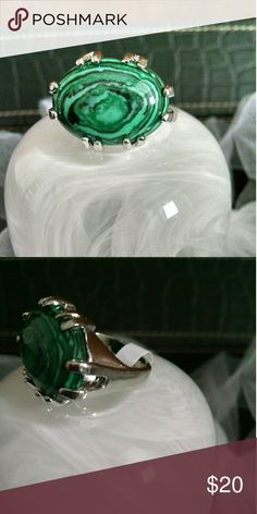 !Brand new! Malachite Ring Amazingly beautiful! Size 8 fitted.  High quality setting. Jewelry Rings