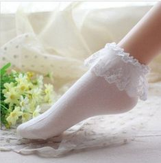Lovely Women Vintage Lace Ruffle Frilly Ankle Socks – Kawaii Cuties