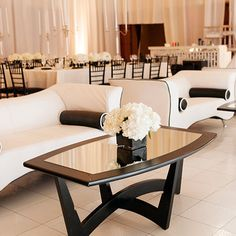 A chic black and white colour scheme fit this @Four Seasons Hotel St. Louis wedding's modern feel perfectly.