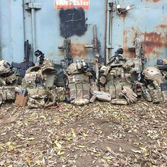 At the end of the day there is nothing else left but the gear!!! We had a blast today, playing on a local field.  #tact #tactbelgium #airsoftshop #airsoftshopeurope #magnumboots  #airsoft #airsoftcommunity #airsoftphotography #airsoftinternational #airsoftworld #worldairsoft #milsim #skirm #reenactment #military #army #multicampattern #tactical #gear #gearwhore #operator #gunsdaily #crye #lbt #systema #nightvision  Check out our sponsors: @airsoftshopbe, www.airsoftshop.be @magnumboots…