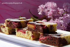 Slivkový koláč...Je to klasický hrnčekový koláč a môžete ľubovoľne nakombinovať rôzne ovocie.