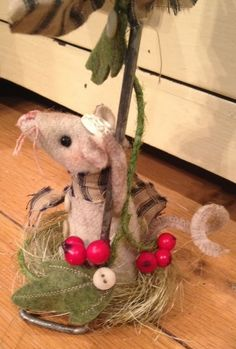 62 Best Mice images in 2019 | Christmas Crafts, Wool Felt