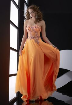 jasz-couture-5028-025-images-prom-dresses-30-detail.jpg (800×1164)