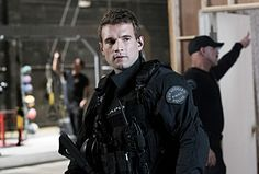 Street is still struggling to understand what it means to be part of a team on SWAT. Tv Actors, Actors & Actresses, Alex Russell, Man Bun Hairstyles, Swat Police, Tv Series 2017, T Tv, Hawaii Five O, Men In Uniform