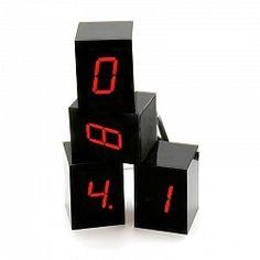 Module R numbers cube clock