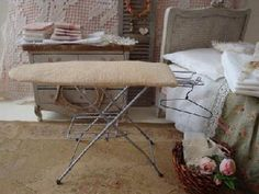 Instructions for an ironing board with metal legs | Source: Creer et realiser