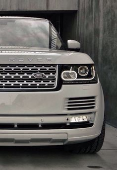 Range Rover. Ahhh...my dream car.