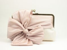 Classic Bow Clutch : Blush on Ivory