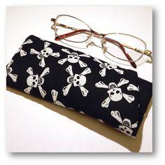 deddfa9c4f4 SALE - Skulls Fabric Glasses Case
