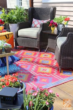 "What a great place for a summer party! Click through for DIY ideas for this ""loud, laid-back"" patio by Mandy of Fabric Paper Glue! 