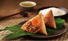 Dear customers we wish you a very Happy Dragon Boat Festival. Please be informed that the whole yoybuy team will have holidays till Monday.Your orders and reply to your emails will be slightly delayed.We are going to eat very delicious zongzi made by sticky rice with the topping of meat ,dry fruit and other things. You just click on this link and have a try.