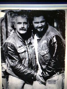 HOLE N THE WALL             MC NEW HAVEN CONNECTICUT OLD MAN  ROGER RAMJET               & FRANK FRANKIEBABE       R.I.P. ROGER V