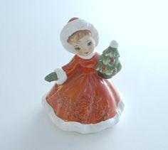 Vintage Lefton Christmas Girl Figurine Doll with Christmas Tree 6604