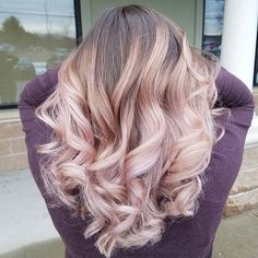 Pastels over Balayage hilites is seriously becoming a new obsession for me! Soft blush tone here takes her hair to the next level! (pink makeup for blondes)
