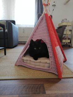 Post with 0 votes and 19630 views. I made a crochet tent for my cats Cat Cave Crochet Pattern, Crochet Patterns, Gato Crochet, Knit Crochet, Crochet For Beginners, Crochet Animals, Cat Toys, Craft Fairs, Crochet Projects
