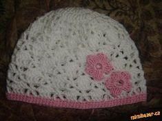 Mé návody, prosím, neuveřejňujte jinde, děkuji.  Popis mám nafocený z předchozí čepičky, ktero... Crochet For Kids, Crochet Baby, Crochet Top, Creative Crafts, Diy And Crafts, Knitting Patterns, Crochet Patterns, Crochet Clothes, Baby Hats