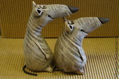 Paper Mache Projects, Paper Mache Clay, Paper Mache Sculpture, Paper Mache Crafts, Sculptures Céramiques, Clay Art, Paper Mache Animals, Felt Animals, Polymer Clay Ornaments