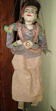 Asiatische Tänzer-Marionette
