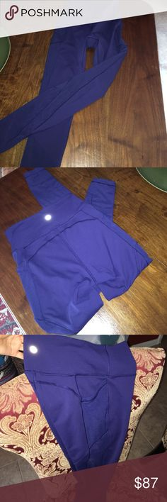 Lulu lemon navy blue leggings Almost brand new! Only wore these twice. Navy blue 7/8 leggings with the mesh detail on the side and calf area and pockets on the side of the upper thigh! Great condition. lululemon athletica Pants Leggings