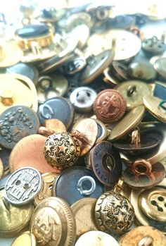 150 Mix vintage goud / koper / metaal kleurige knopen door RVHills, €5.99
