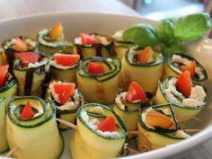 Zucchiniröllchen mit Mozarella Füllung