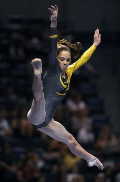 McKayla Maroney competes in the 2010 Visa Gymnastics Championships
