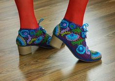 Irish lace on shoes & boots.