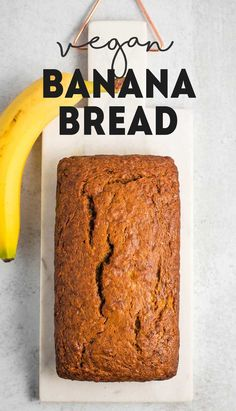 Deliciously moist and perfectly sweet vegan banana bread. This tasty recipe makes for a great snack or dessert! Deliciously moist and perfectly sweet vegan banana bread. This recipe is so easy to whip up, and makes for a yummy snack or dessert! Vegan Dessert Recipes, Vegan Sweets, Baking Recipes, Tasty Vegan Recipes, Recipes Dinner, Breakfast Party, Yummy Snacks, Yummy Food, Dessert Oreo
