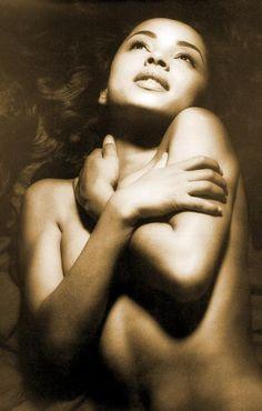 #Sade..gorgeous #music   i love her! <3