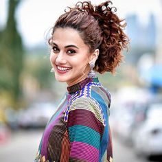 Taapsee Pannu Beautiful HD Photoshoot Stills & Mobile Wallpapers HD Cute Beauty, Beauty Full Girl, Bollywood Girls, Bollywood Actress, Tamil Actress, South Indian Actress, Beautiful Indian Actress, Taapsee Pannu, Beautiful Girl Image