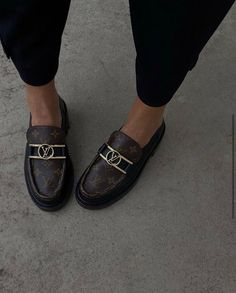 Lv Loafers, Chunky Loafers, Loafers Outfit, Oxfords, Louis Vuitton Loafers, Ysl Heels, Shoes Heels, Shoes Sneakers, Pretty Shoes