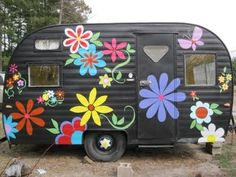 "Vintage camper ""Flower Power"""