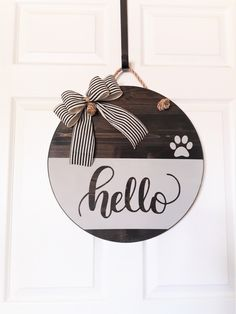 crafts christmas crafts diy crafts hobbies crafts ideas crafts to sell crafts wooden signs Wooden Door Signs, Front Door Signs, Wooden Door Hangers, Front Door Decor, Wooden Doors, Wooden Wreaths, Door Wreaths, Hello Sign, Classic Doors
