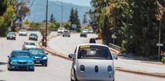 Google, sürücüsüz otomobil üretmekten vazgeçiyor