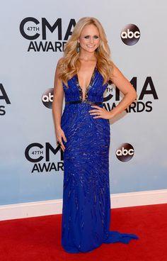 So unexpected! We think Miranda Lambert looks amazing in this plunging cobalt gown!
