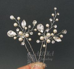Check our Ready to Ship Pieces with great Discount !!! https://www.etsy.com/shop/adriajewelry?ref=hdr_shop_menu&section_id=20069708 ~~~~~~~~~~~~~~~~~~~~~~~~~~~~~~~~~~~~~~~~~~~~~~~~~~~~~~~~~~~~~~ ***This listing is for TWO hairpins shown in pictures*** Here is the listing for a set of 3: https://www.etsy.com/listing/473150037/wedding-hair-pins-set-of-3-gold-hair?ref=shop_home_active_1 Materials: Swarovski Pearls, Clear Rhinest...
