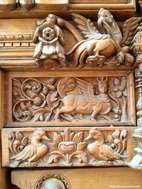 Decor and DIY inspired by travel. Indian Doors, Pooja Room Design, Architectural Sculpture, Main Door Design, Carving Wood, Wood Carvings, Wood Sculpture, Wooden Doors, Wood Paneling