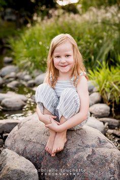 Dunsire Family Photos at Sturgeon Creek, Winnipeg – Gabrielle Touchette Photography Big Camera, Little Red, Kids Playing, Family Photos, Portrait Photography, Summertime, Flower Girl Dresses, Memories, Wedding Dresses