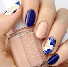 amazing nail design ideas flower nails blue nude white #blue #nail #art #FunNailArt