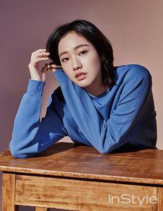 Kim Go-eun (김고은) - Picture Gallery Kim Go Eun Style, Kim So Eun, Korean Actresses, Korean Actors, Actors & Actresses, Korean Dramas, Ji Eun Tak, Instyle Magazine, Kdrama Actors