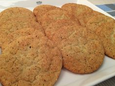 Liian hyvää: Snickerdoodles - amerikkalaiset klassikot Cookie Recipes, Dessert Recipes, Desserts, No Bake Cookies, Baking Cookies, Banana Bread, Food And Drink, Sweets, Ethnic Recipes
