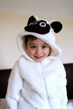 8 Best Diy Sheep Costume Images On Pinterest Sheep Costumes
