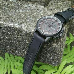 Extri watches er nu at finde i DK hos www.watchfelt.dk - Herreure med kant