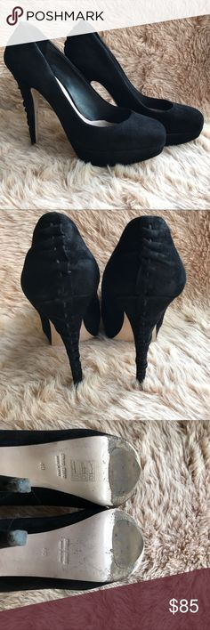 "Miu miu Sz 9/ Pumps 5"" Heels Platform In good condition with slightly signs of wear 5"" heels Made in Italy, authentic guarantee Classic suede black Please leave me any question you have about the item, thank you Miu Miu Shoes Heels"