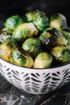 ROASTED HONEY SRIRACHA BRUSSELS SPROUTS