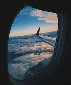 Plane photos, travel goals, travel plane, airplane travel, airplane m Airplane Travel, Airplane View, Travel Plane, Travel Music, Couple Travel, Plane Photos, Airport Photos, Plane Photography, Fashion Photography