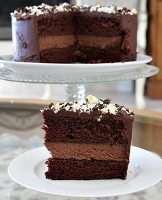 Chocolate Cheesecake Cake - from RecipeGirl -- :O {I think I found my birthday dessert!! ♥}