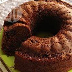 Bolo de chocolate com cereja @ allrecipes.com.br