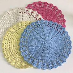 Pot Holders, Crochet Earrings, Crochet Hats, Hat Crochet, Made By Hands, Colors, Craft, Cuisine, Needlepoint